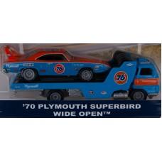 Car Culture Team Transport '70 Plymouth Superbird Wide Open